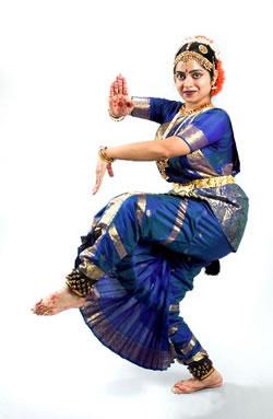 Bollywood dancer dances for us 4